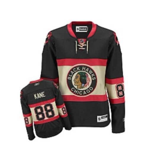 womens black blackhawks jersey